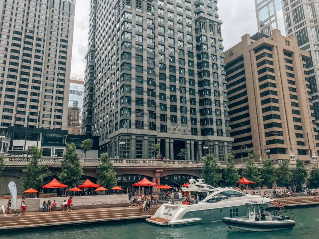 Chicago River boat ride | The Ultimate Weekend in Chicago featured by popular Indianapolis travel blogger, Karina Style Diaries