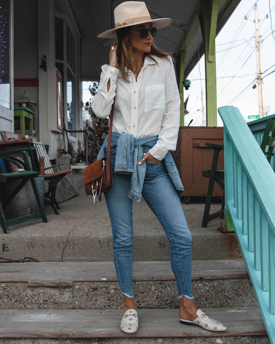Fashion Blogger Karina Reske | white button up look | skinny raw hem jeans | spring transition outfit | Gucci princetown cream embroidered loafers | Lack of Colors Rancher cream hat
